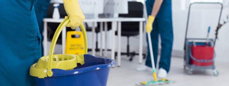 Limpieza de empresas, un espacio laboral lleno de productividad