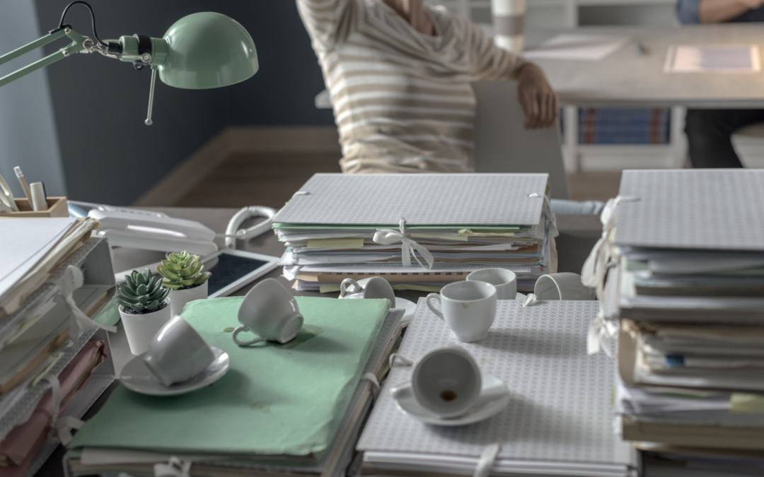 La limpieza de tu mesa de trabajo, clave para tu productividad