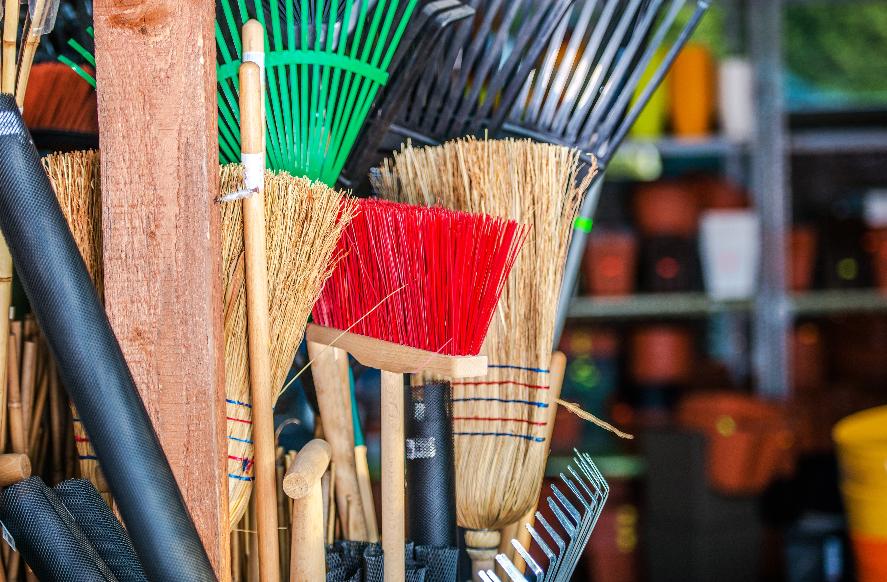 Limpieza de un almacén de empresa: qué tener en cuenta